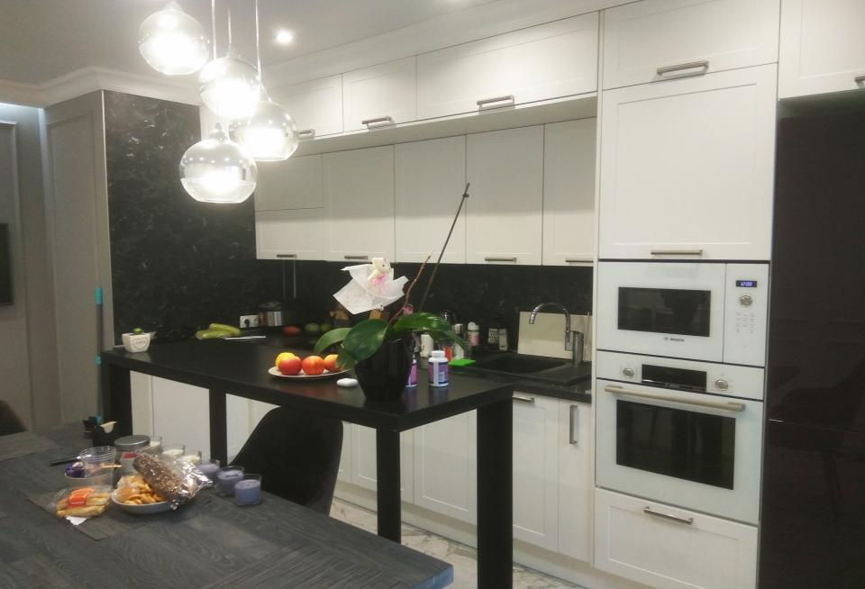 кухня под потолок купить на Савушкина 117к2