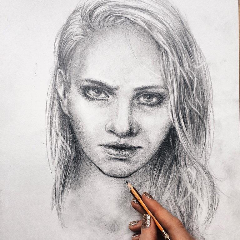 фото подробный портрет человека карандашом